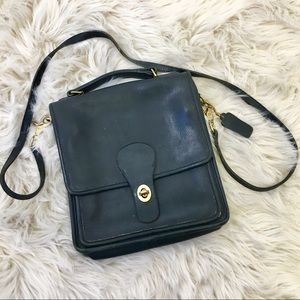 Coach Vintage Willis Crossbody Black Bag